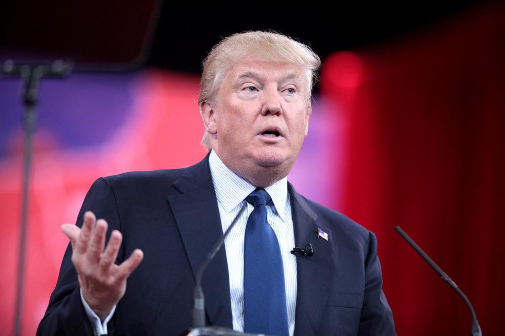 President Donald Trump zet pro-life stappen